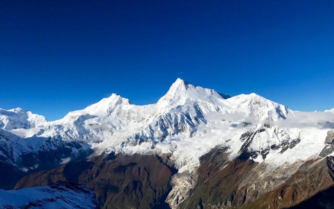 MANASLU M.8163 e Pangpoche M.6620 …Una spedizione Himalayan fuori dagli schemi
